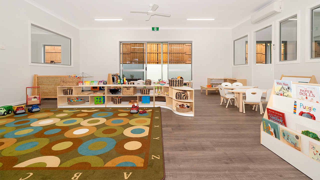Juniors-Room-Ormeau-Elm-Tree-Early-Learning-2