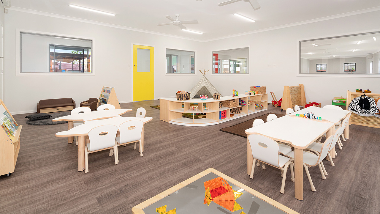 Juniors-Room-Ormeau-Elm-Tree-Early-Learning-3