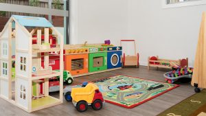Juniors-Room-Ormeau-Elm-Tree-Early-Learning-5